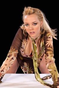Annette Schwarz 5.jpg